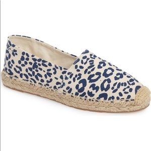 Sam Edelman White & Navy Animal Print Espadrilles